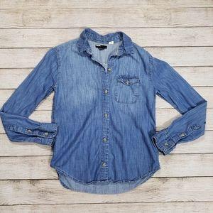 BDG Urban Outfitters XS denim shirt